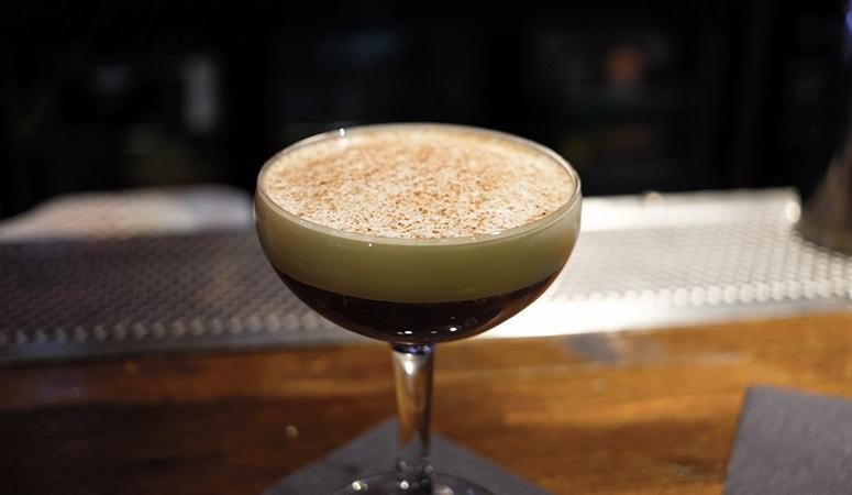 Cocktail El Precursor, création de Julien Vincens au Mumbai Café.