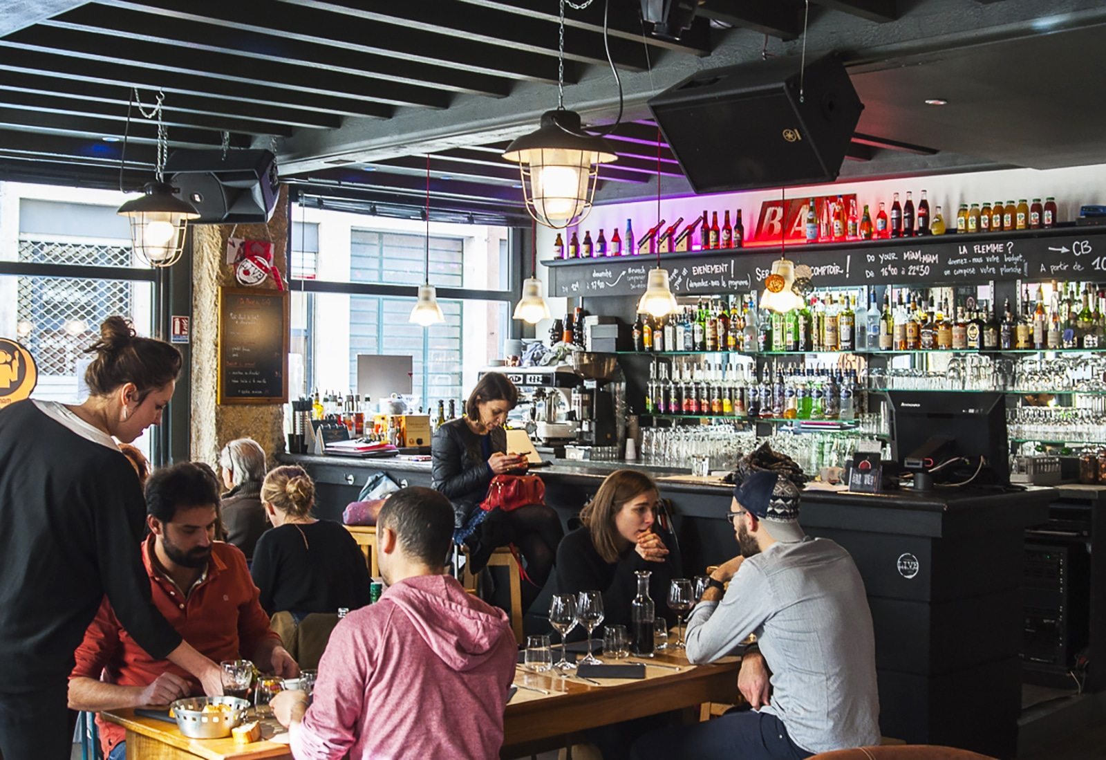 Livestation DIY, bar déco et bonne ambiance à Lyon 7